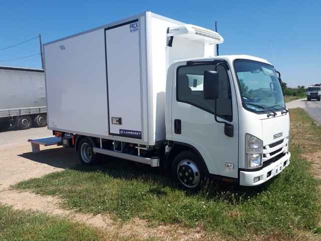 Isuzu M21 GROUND F CAISSE FRIGO