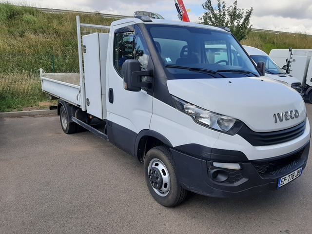 Iveco Iveco Daily Ccb IVECO DAILY 35C14 BENNE + COFFRE